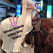 shania-vegas-letsgo-filming111819-7
