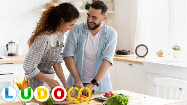 Ide Kencan Hari Valentine Murah dan Romantis di Rumah Aja