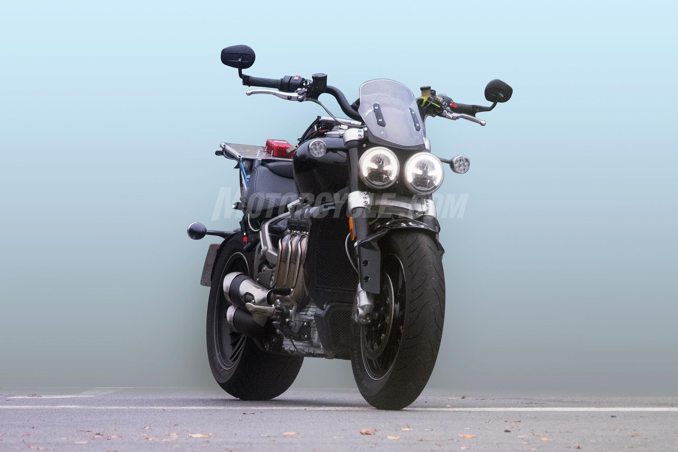 011019-2020-Triumph-Rocket-III-spy-photos-001