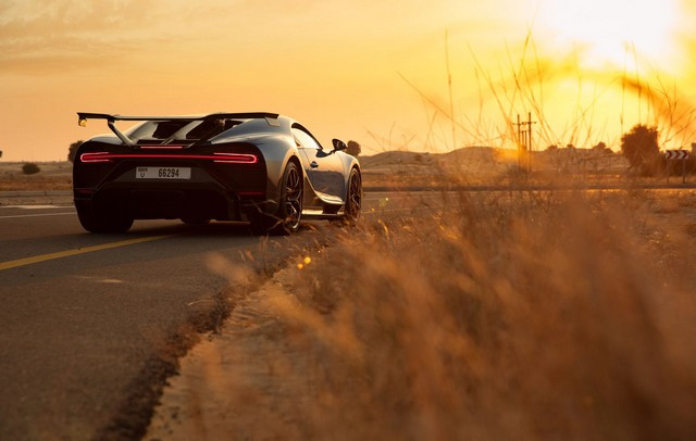 Bugatti Chiron Pur Sport – premiers tours d'essai à Dubaï  Pur-sport-dubai-09