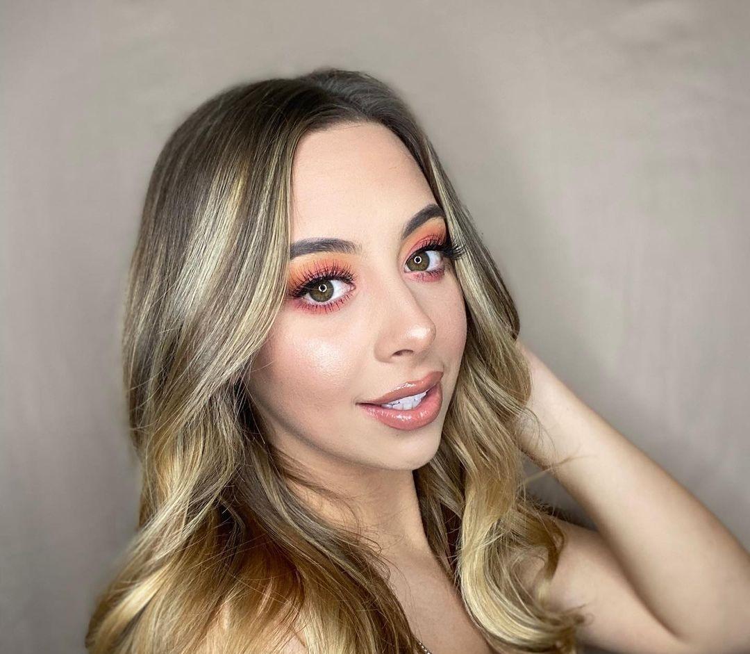 Hannah-Salazar-Wallpapers-Insta-Fit-Bio-9