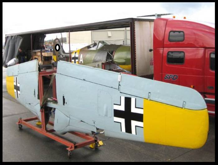 Restoration of the Focke Wulf FW 190 aircraft in the hangar