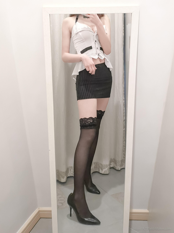 Tsubaki Album Selfie vol.002 Mini Hip Skirt Sexy Teacher 013