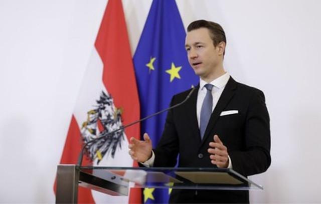 وزير,مالية,النمسا,يفوز,قضائيا,على,مواطن