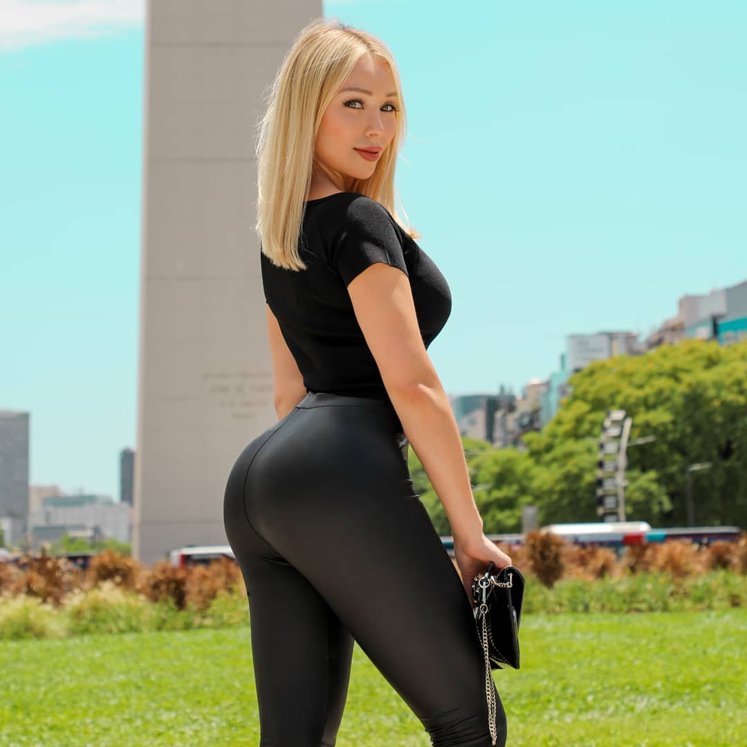 Daniella-Chavez-5