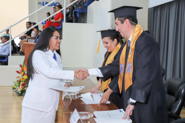 Graduacio-n-Medicina-71