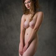 susann-shamelessly-showcases-an-amazing-curvy-body-15-w800