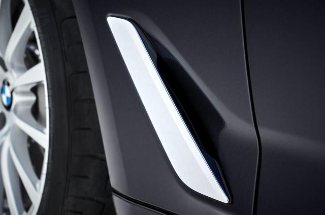 2020 - [BMW] Série 5 restylée [G30] - Page 11 2-E07-FB84-7-E24-46-EC-8-DF1-88-B55-F2-AE1-D8