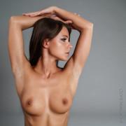 topless-221a8b2d-a547-4254-b5ee-96624ae2a19b