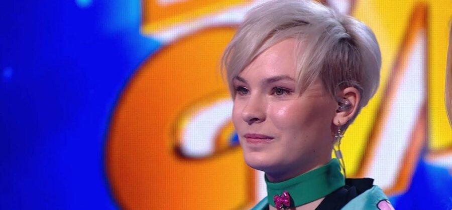 """ВИДЕО : 14-летняя Анна Свирепова из Нарвы заняла третье место в телепроекте """"Ты супер!"""""""