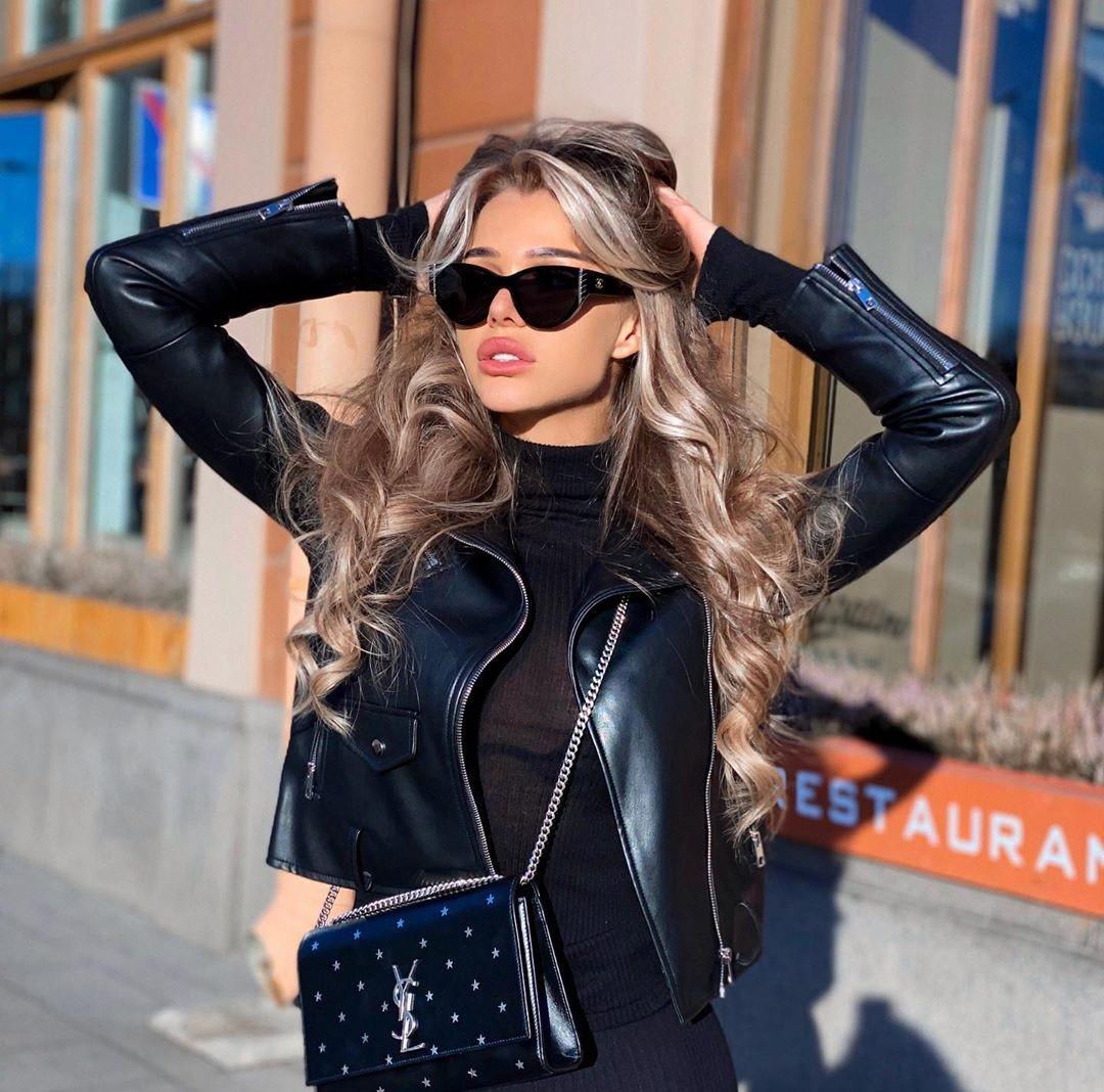 Lika-Andreeva-Wallpapers-Insta-Fit-Bio-6