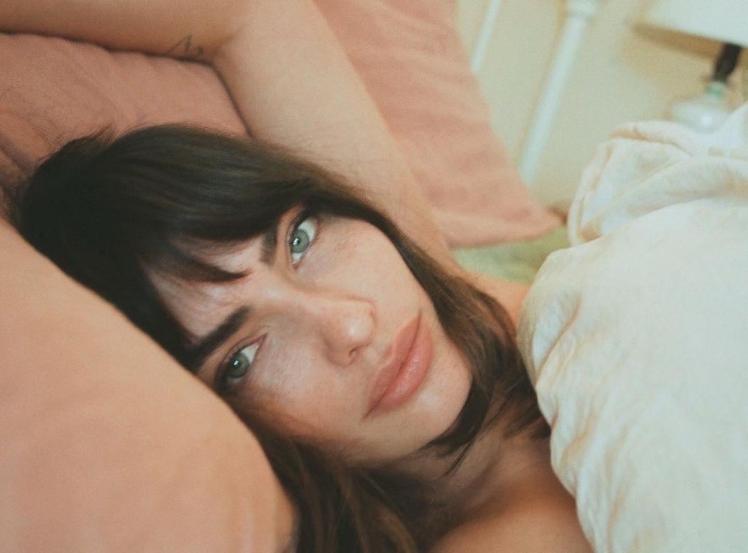 Alyssa-Miller-Wallpapers-Insta-Fit-Bio-10