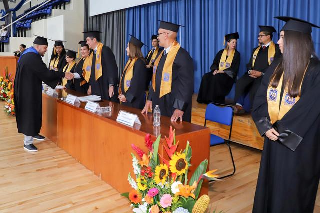 Graduacio-n-Cuatrimestral-41