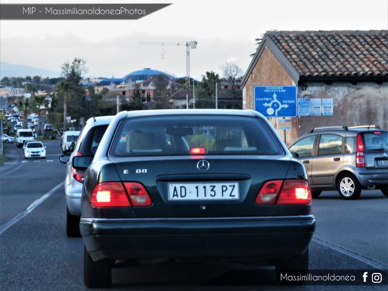 avvistamenti auto storiche - Pagina 15 Mercedes-W210-E-200-2-0-136cv-5-DICEMBRE-95-AD113-PZ-221-773-3-9-2018-3