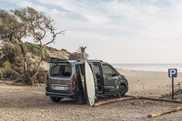 2018 - [Peugeot/Citroën/Opel] Rifter/Berlingo/Combo [K9] - Page 8 4892284-E-DFDF-4-FAB-BC3-A-E9-B7-B46-F0-BC5