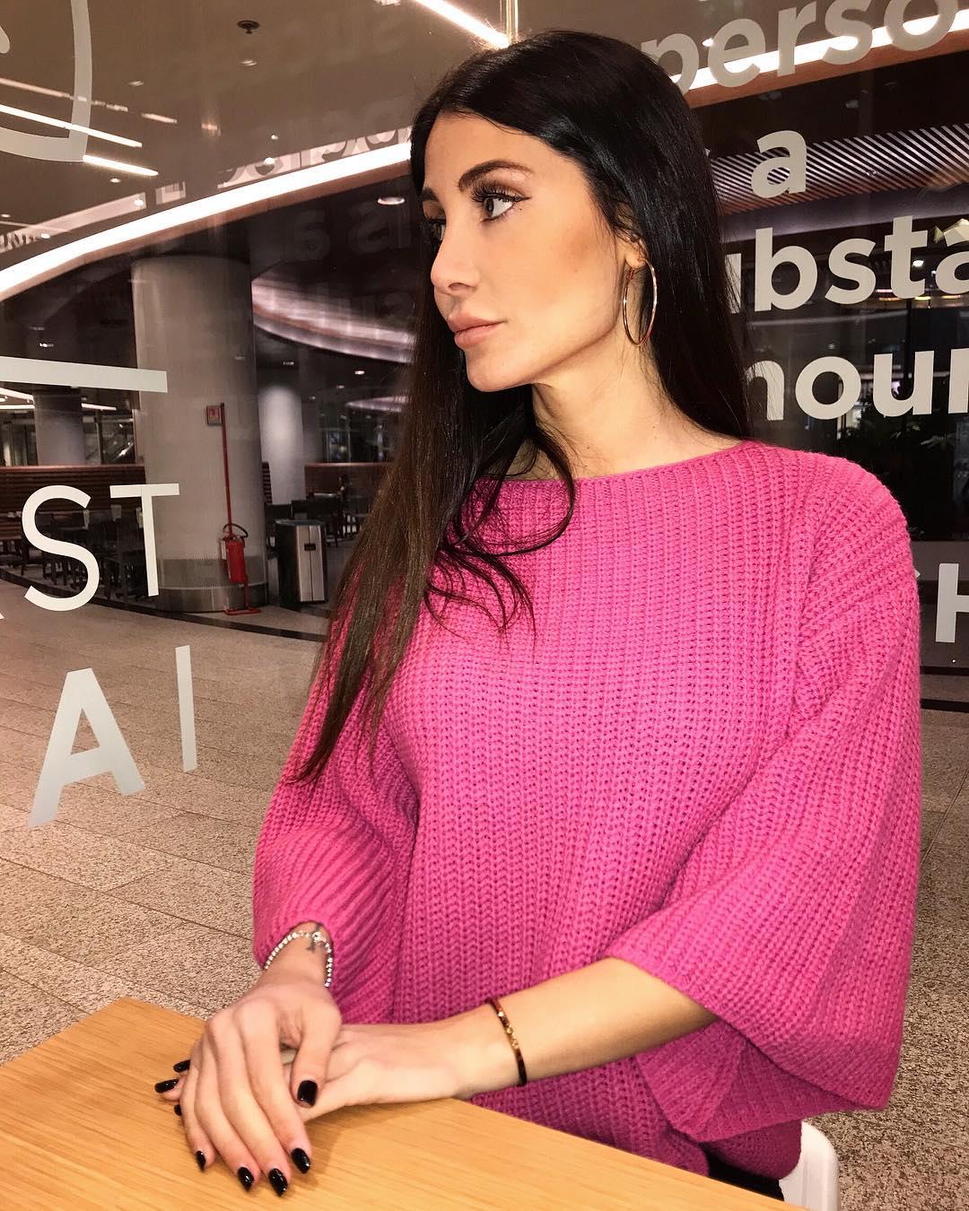 Elisabetta-Galimi-Wallpapers-Insta-Fit-Bio-15