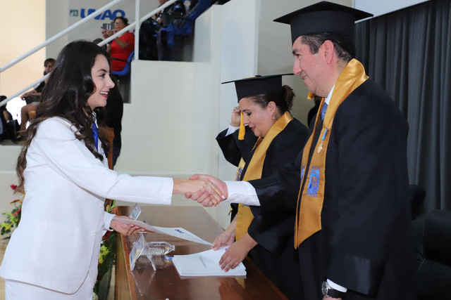 Graduacio-n-Medicina-128