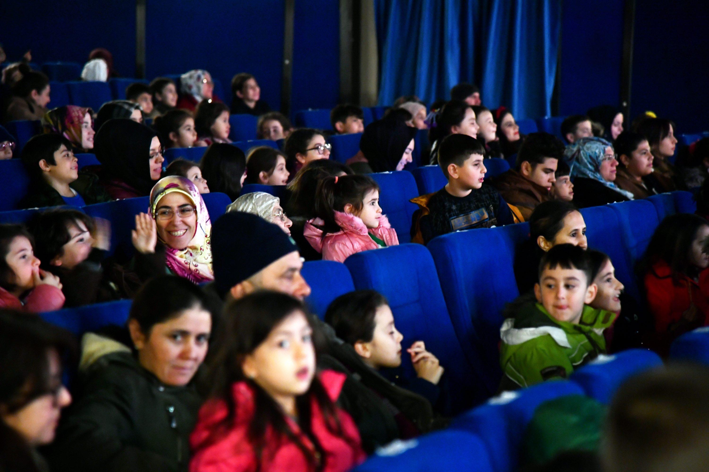 03-02-2020-kavuklu-ile-pisekar-tiyatro-3