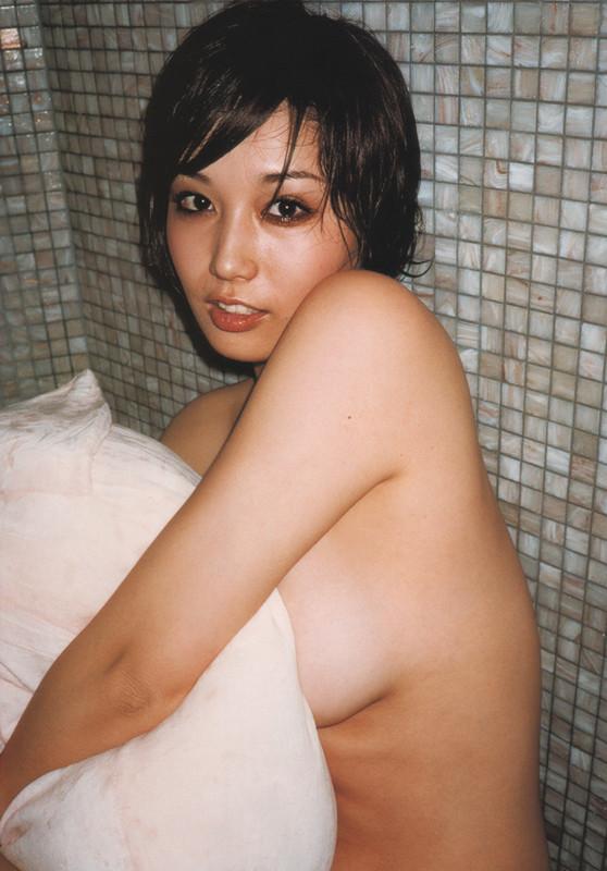 月刊 三津谷葉子 写真集 tyutyuru-gemitsuya019