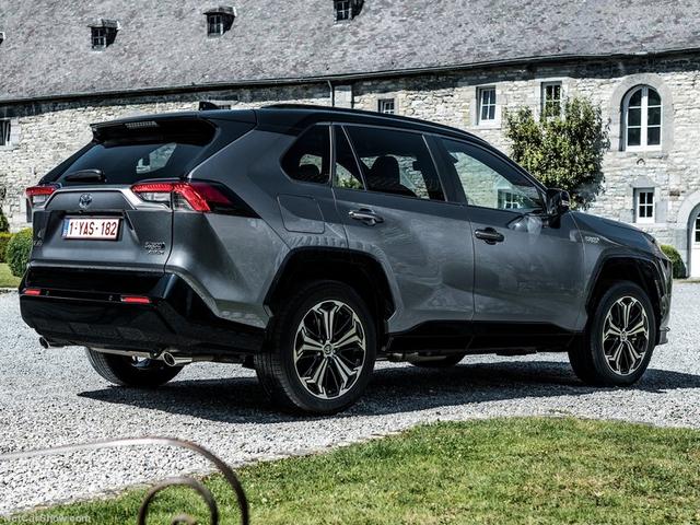 2019 - [Toyota] RAV 4 V - Page 4 CAF7-B2-A5-7088-497-C-9-C46-057-C43-B3-B753