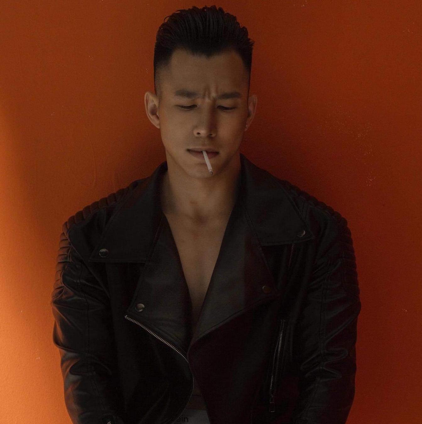 Nyle Cao, vers gymer Việt kiều cực phẩm LGBT