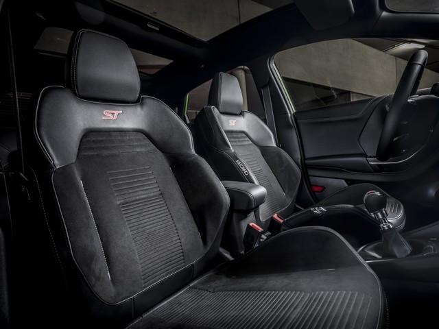 Le nouveau Ford Puma ST va rugir à partir de 33 650 euros 2020-FORD-PUMA-ST-19