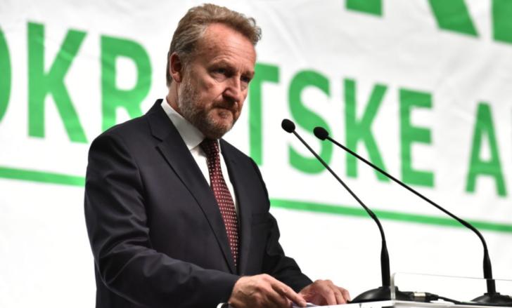 NEMA ALTERNATIVE POŠTIVANJU USTAVA, OVDJE TREBA IGRATI TVRDO! Izetbegović: Dodik traži više nego što mu Ustavom pripada, umjesto u Banju Luku 9. januara, Čović bi trebao doći u Srebrenicu 11. jula!