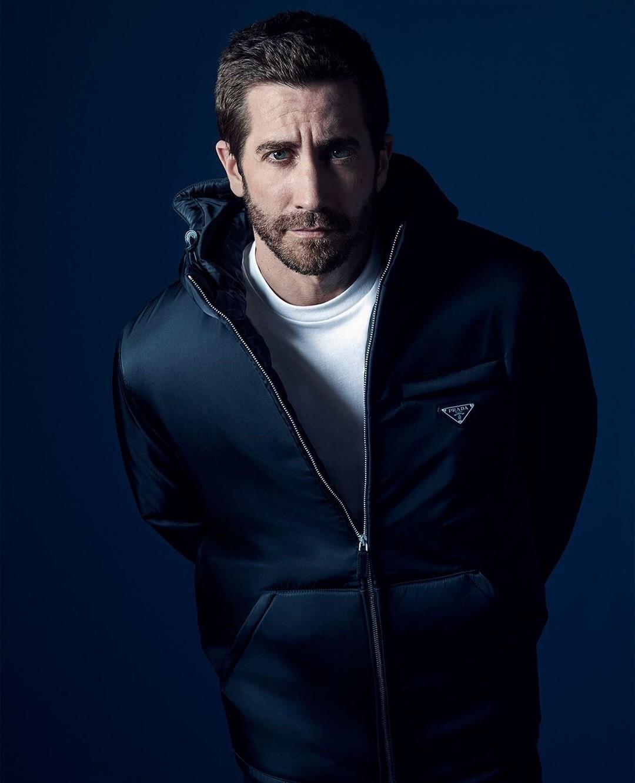 Jake Gyllenhaal, volto del nuovo profumo di Prada