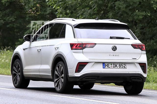 2022 - [Volkswagen] T-Roc restylé  B09-A56-DE-1-B6-B-4852-8612-269-E8-D5-A775-C