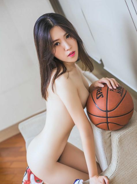 Foto Telanjang Cewek Mulus Pemandu Sorak Basket