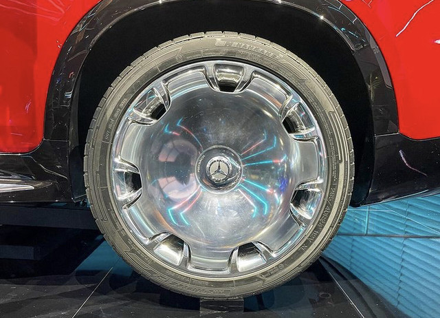 2021 - [Mercedes] EQS SUV Concept  93-AA77-E0-D38-E-43-B3-8-FC9-B297-B3-FDAB54
