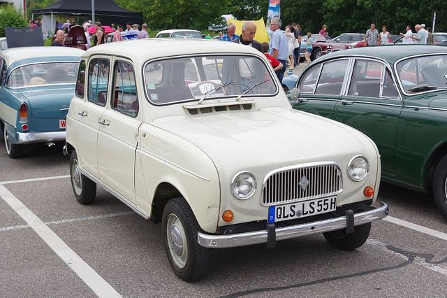Renault-R4-BW-2016-07-17-13-45-32