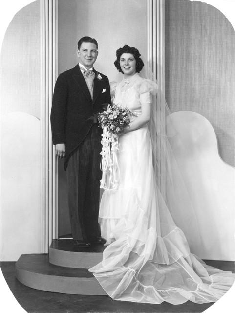 Mom-Dad-s-Wedding-Photo-May-6-1939