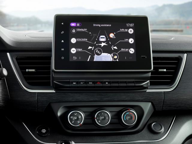 2014 [Renault/Opel/Fiat/Nissan] Trafic/Vivaro/Talento/NV300 - Page 21 AE8-E1-ECB-018-B-45-A0-83-A5-A782-E3-ADD508