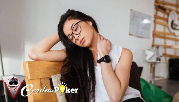 Badan Pegal Tanda Stres, Kurang Tidur Hingga Sindrom Kelelahan Kronis