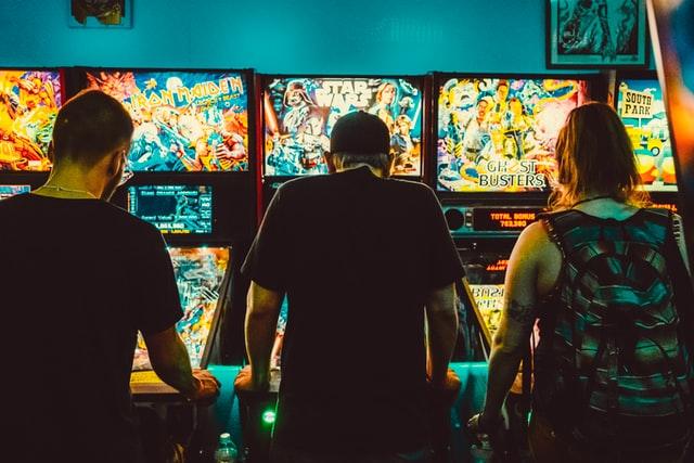 https://i.ibb.co/QCmS1TT/play-casino-games.jpg