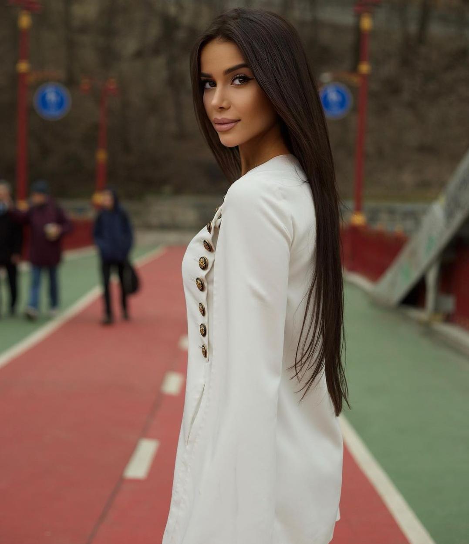 Ekaterina-Raskova-7