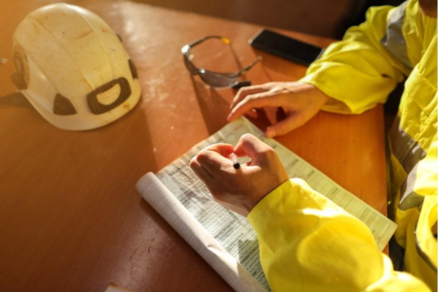 prevencion-seguridad-ante-accidente-laboral-en-el-trabajo-3