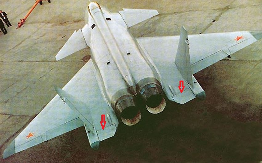 New combat aircraft will be presented at MAKS-2021 - Page 34 Mi-G-MFI-Rear
