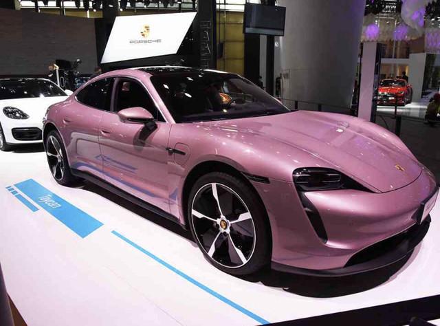 2019 - [Porsche] Taycan [J1] - Page 18 AD2428-E3-1-F2-E-4-CBE-8-E23-3-B632850-BCEA