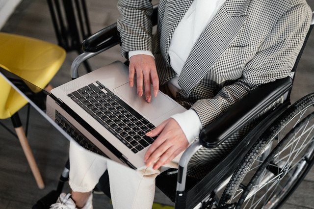 How to Manage a Worsening Disability Condition as an Employee