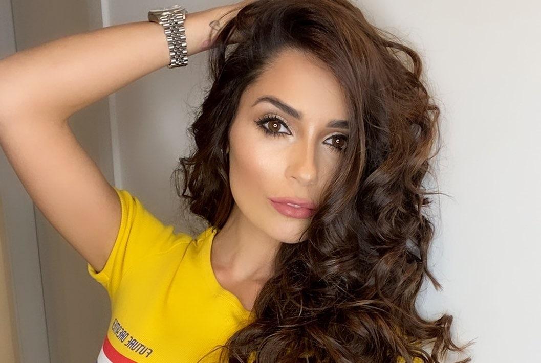 Alessia-Macari-Wallpapers-Insta-Fit-Bio-9