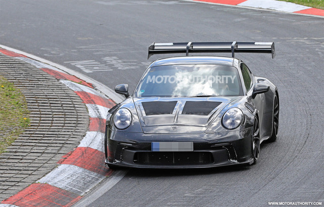 2018 - [Porsche] 911 - Page 23 B9-DED1-FD-67-D4-4342-9760-F20-E42-E04-EC2