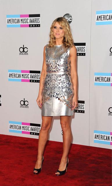 Heidi Klum at 39th Annual American Music Awards in Los Angeles.jpg