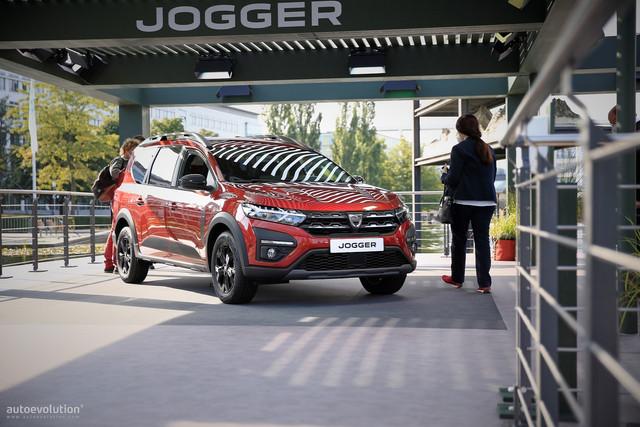 2022 - [Dacia] Jogger - Page 10 6059-E260-9-F10-4-DAB-B63-E-1-B17-E23789-A4