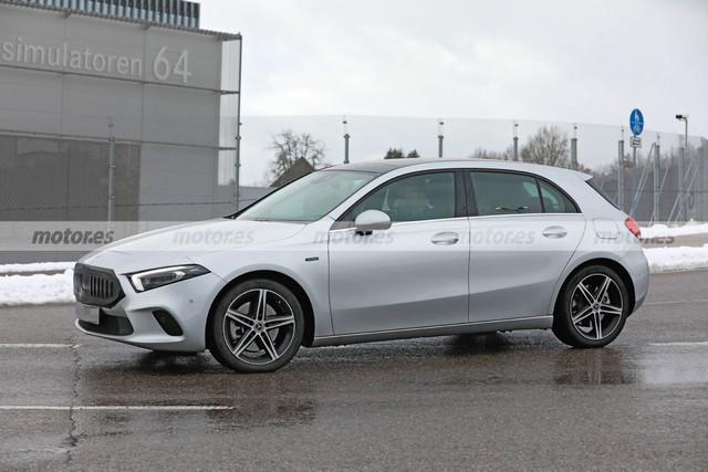 2022 - [Mercedes-Benz] Classe A restylée  EC2235-DA-51-F4-4040-AB79-410-BA75-E9748