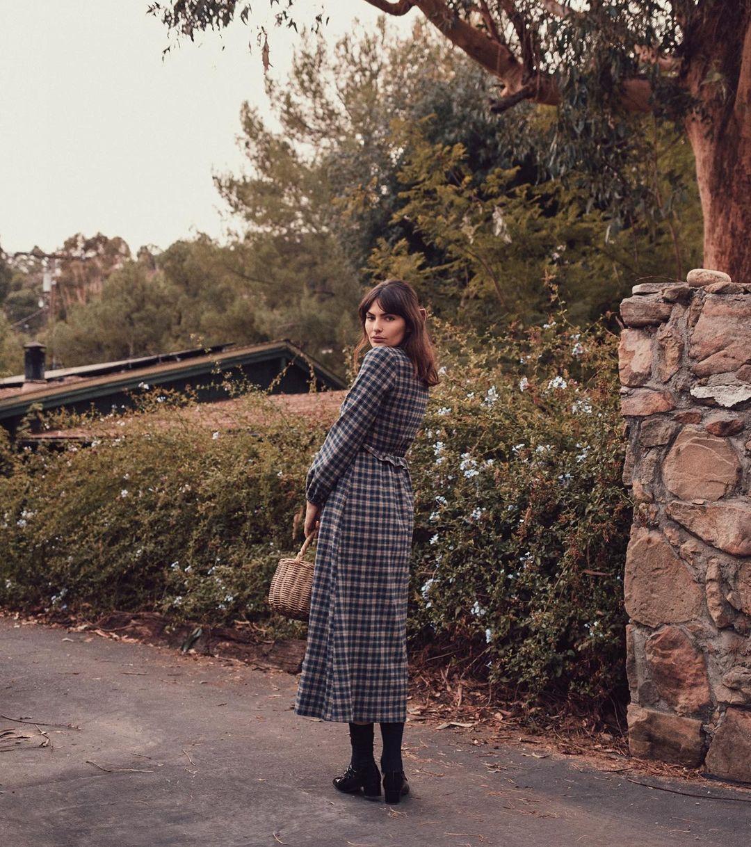 Alyssa-Miller-Wallpapers-Insta-Fit-Bio-2