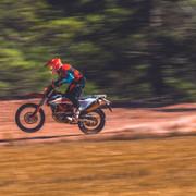 2019-KTM-690-Enduro-R-04