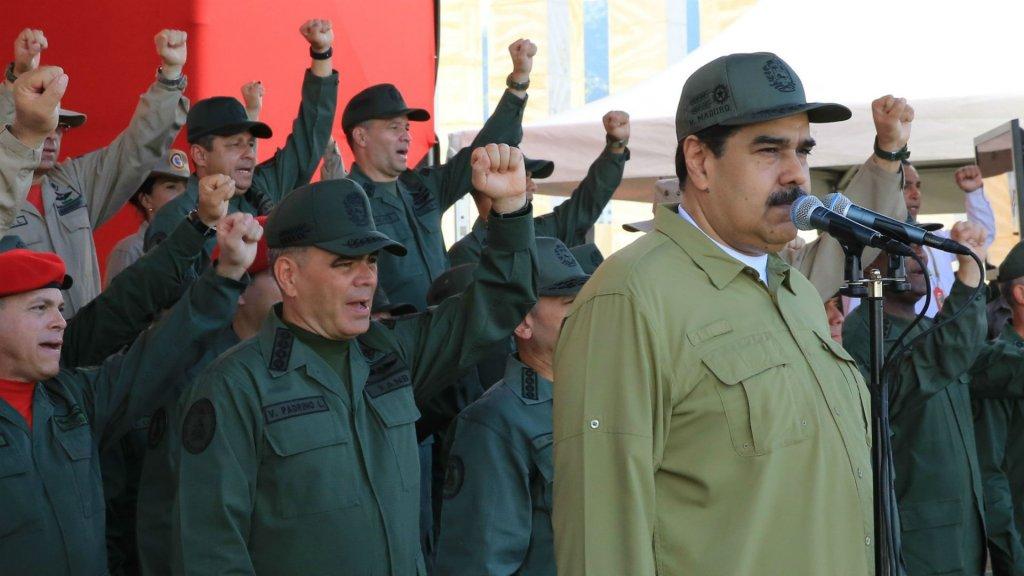Nicolás Maduro asegura que el gobierno colombiano prepara un ataque militar en su contra