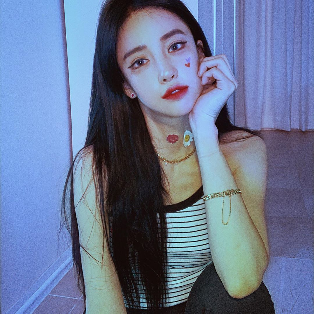 Seojin-Ban-Wallpapers-Insta-Fit-Bio-6
